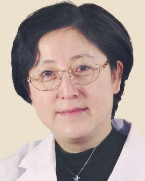北京爱尔英智眼科专家黎晓新