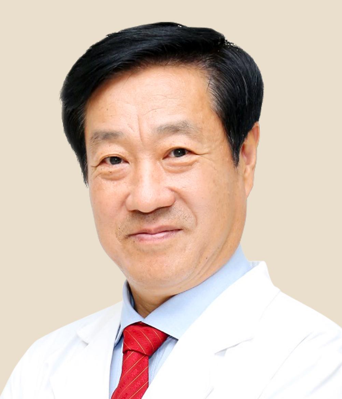 北京爱尔英智眼科医院院长李绍伟